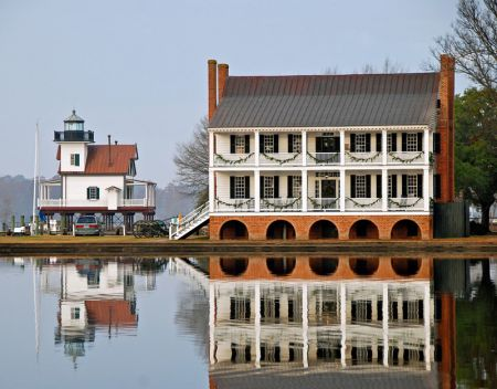 Penelope Barker House Welcome Center, Take a Stroll on the Waterfront